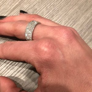 Super sparkling stainless steel ring